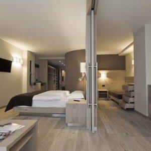 Dolomittene slentring i heidiland for Designhotel unna